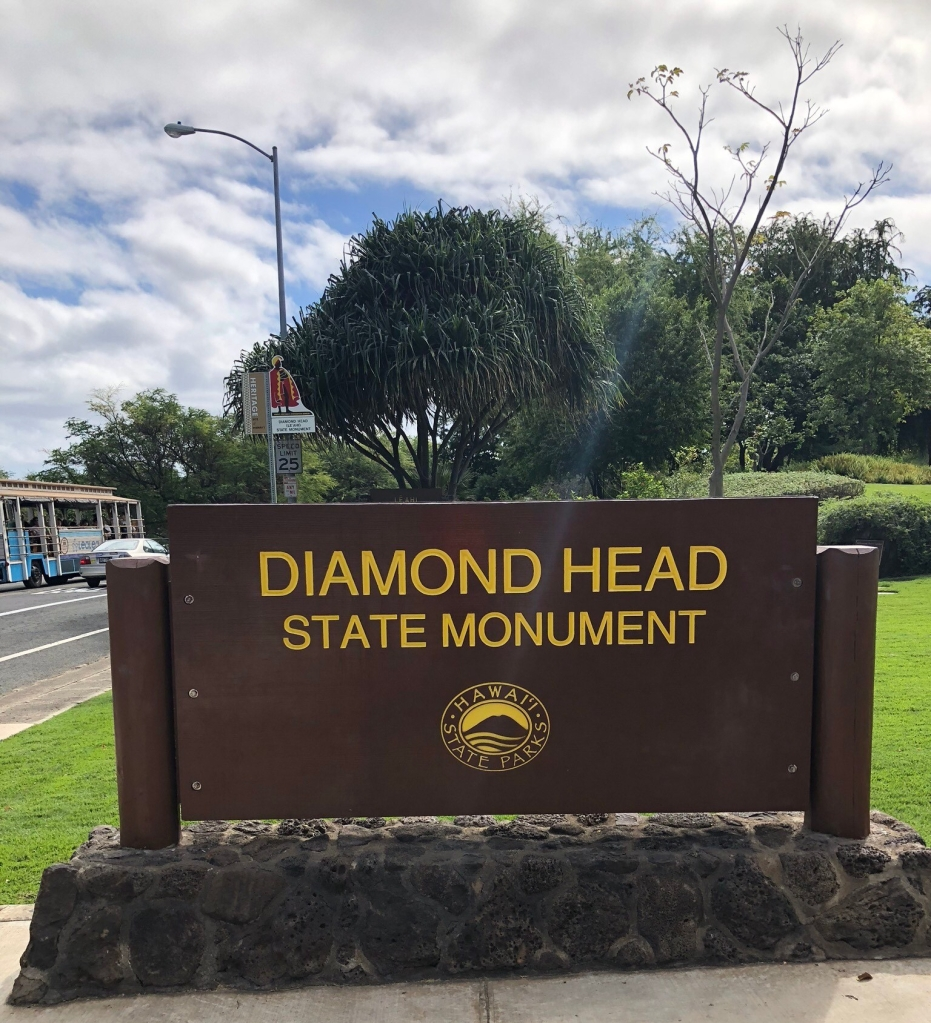 diamond head entrance